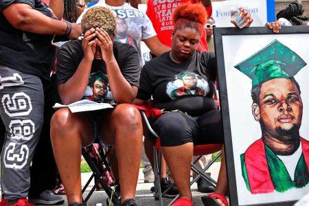Michael Brown's mother seeks public office in Ferguson, Mo.