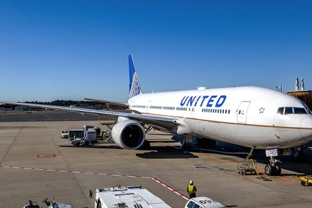 United is raising the price of checked bags