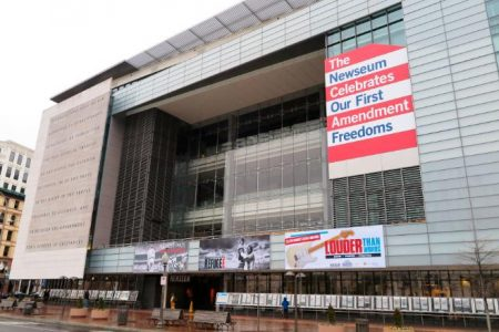 Newseum apologizes for 'Fake News' shirts: 'We made a mistake'
