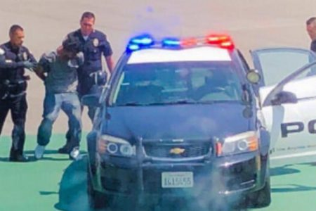 Man arrested after jumping fence at Los Angeles International Airport