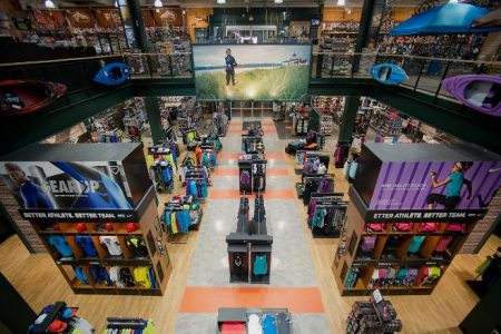 Dick's Sporting Goods' rough quarter had nothing to do with guns