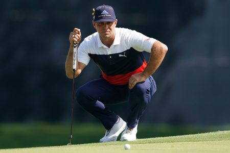 Gary Woodland leads PGA Championship with his lowest round of the year