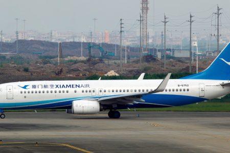 Chinese Boeing 737 crash-lands at Manila airport