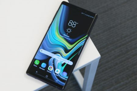The Samsung Galaxy 9 Note is a $1000 phone that's actually worth it