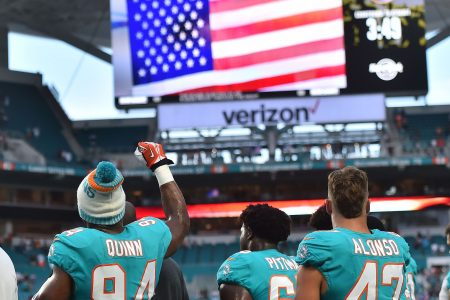 NFL should ignore fascist frenzy over national anthem protocol