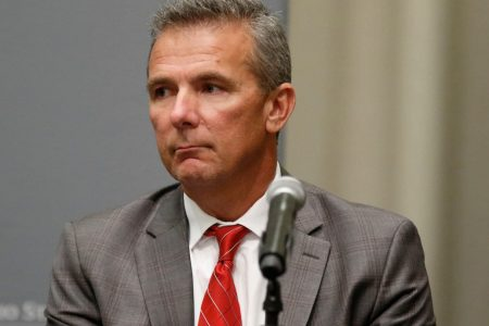 Ohio State's Urban Meyer issues apology to Courtney Smith in Friday evening tweet