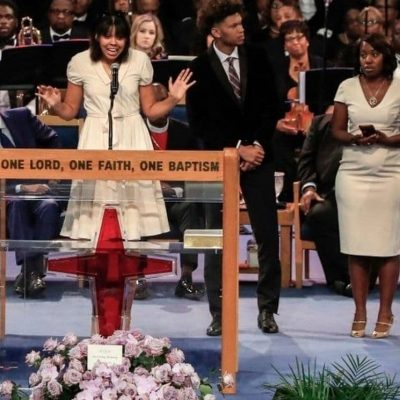 'She gave us pride and a regal bar to reach': Aretha Franklin's praise-filled, song-filled Detroit funeral