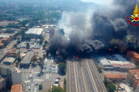 Gas truck explodes on Italian highway; 2 dead, scores hurt