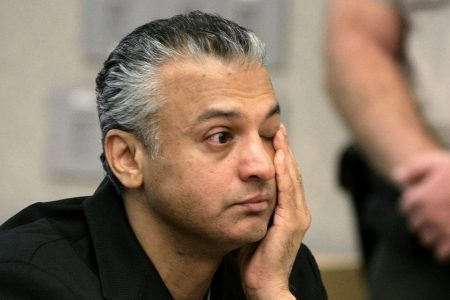 '40-year-old Virgin' actor Shelley Malil granted parole after stabbing girlfriend 23 times