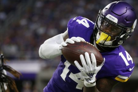 With Cousins early, Sloter late, Vikings top Seahawks 21-20