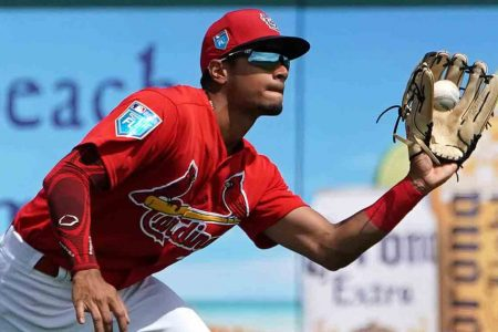 Cardinals send Oscar Mercado to Indians for two outfield prospects