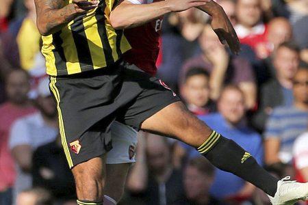 Arsenal wins 5th straight EPL game, beats Watford 2-0