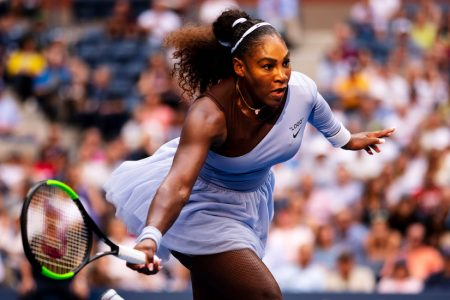 Serena Williams Loses a Set but Surges to a Win in the US Open