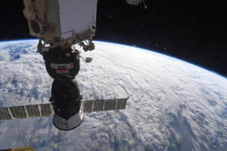 Space station commander flatly denies crew caused leak