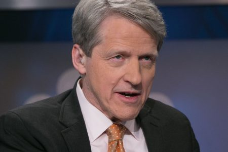 Nobel Prize winner Shiller sees 'bad times in the stock market' ahead