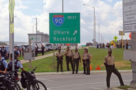 Chicago anti-violence protesters try, fail to shut down expressway near O'Hare Airport, 12 arrested