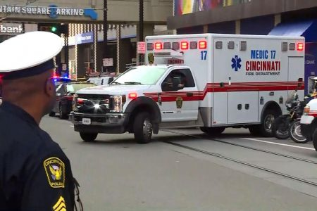 3 killed, suspect dead after shooting in Cincinnati's Fountain Square, police chief says
