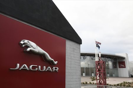 Jaguar Land Rover workers on 3-day week because of Brexit and the diesel slump