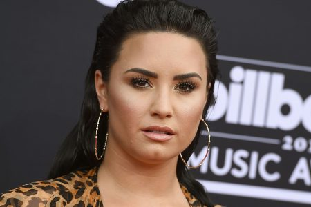 Demi Lovato's mom discusses singer's overdose: I didn't know 'if she was going to make it'