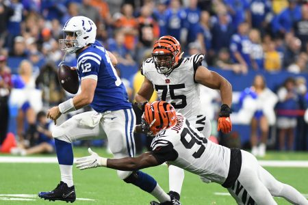 Fantasy football sizzlers, fizzlers: Andrew Luck a force in Week 1