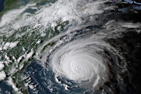 'The threat becomes a reality': Hurricane Florence begins lashing North Carolina with punishing rain, wind