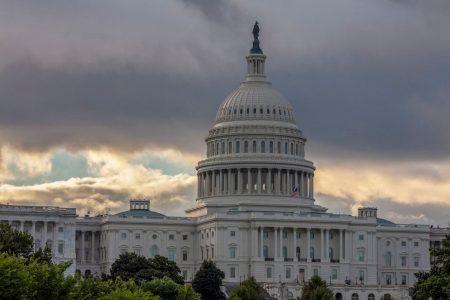 Congress planning to avert government shutdown
