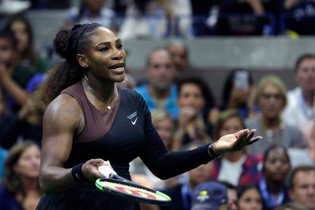 Serena Williams goes into mom mode; Billie Jean King calls out 'double standard'