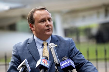 Louisiana mayor rescinds Nike ban after blowback from community and advice from attorney