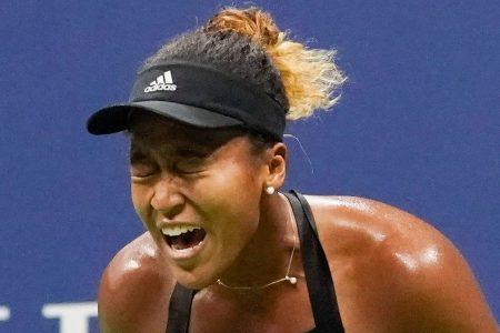 Naomi Osaka earns chance to play Serena Williams, her idol