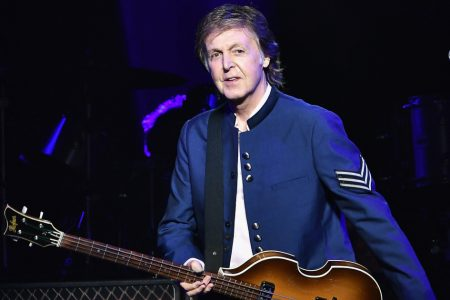 Watch Paul McCartney play a surprise show at New York's Grand Central Station