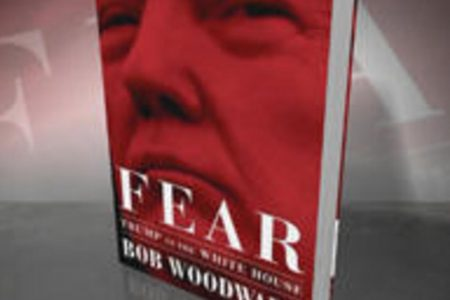 """""""Fear"""" book: Sales surge for Bob Woodward's account of Trump presidency"""