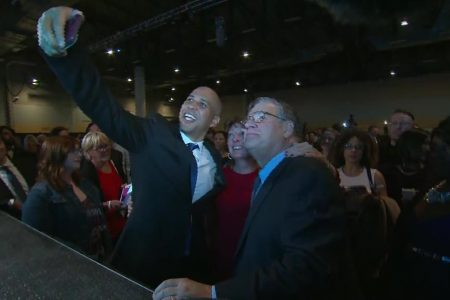 'Folk are folk:' Cory Booker touts roots in Iowa as 2020 speculation swirls
