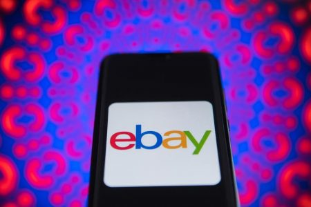 eBay sues Amazon, accusing it of poaching sellers