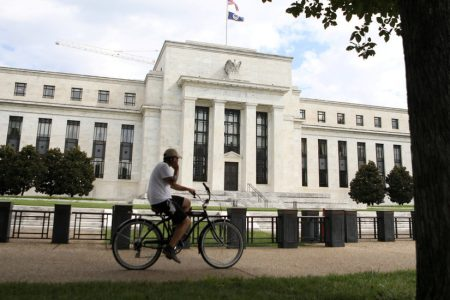 Fed Plans to Continue Raising Rates, Despite Trump's Ire