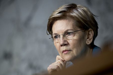 Elizabeth Warren doesn't think her claim to have Native American DNA was a huge mistake