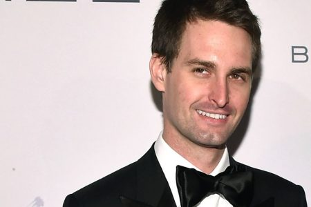 Snap just hired 2 execs from Amazon and The Huffington Post after its chief strategy officer quit