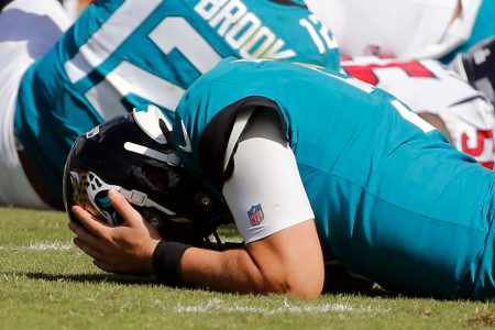 London thought it was finally getting a good game with Eagles-Jaguars. Alas …