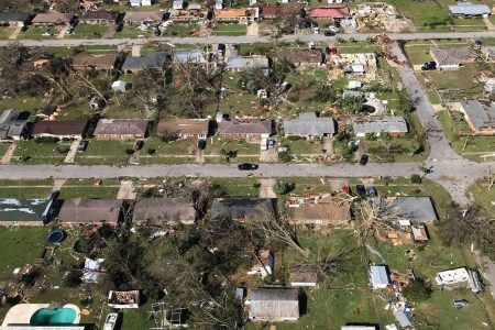 How Hurricane Michael's devastating wind damage is reminiscent of Andrew in 1992