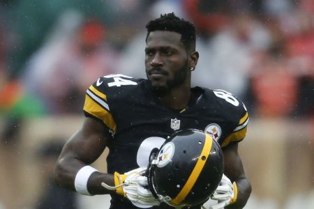 Steelers' Antonio Brown faces two lawsuits over damage at Florida condo