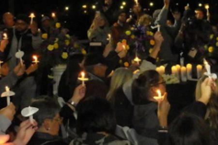 More than 1000 jam park for vigil for limo crash victims