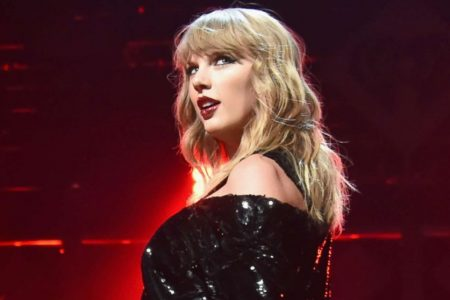 Taylor Swift's call for her followers to vote leads to spike of more than 100000 registrations