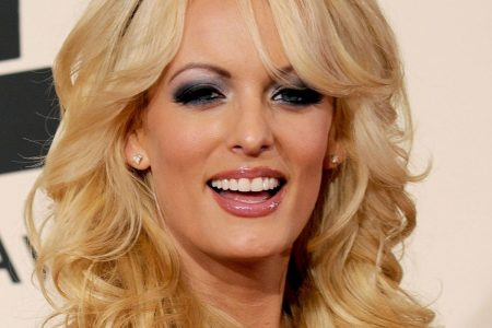 Stormy Daniels' war with Aer Lingus over missing luggage ends with a Twitter kiss