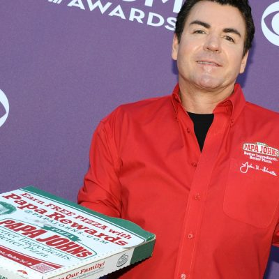 Papa John's shares plunge on report that Trian is no longer looking at company – CNBC