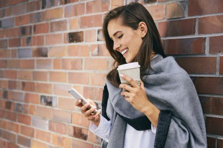Go to the mall or buy from your phone? More shoppers this holiday season are going mobile