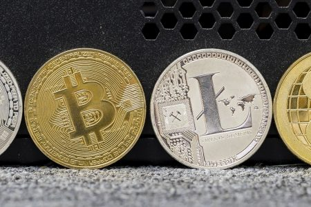Bitcoin extends losses, slides under $3500 to lowest since September 2017