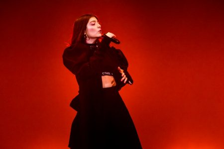 Lorde Says Kanye West Stole Her Stage Design: 5 Things in Pop Culture Today