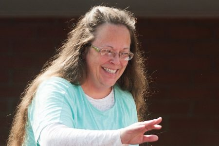 Kentucky clerk who refused to sign same-sex marriage certificates loses re-election bid