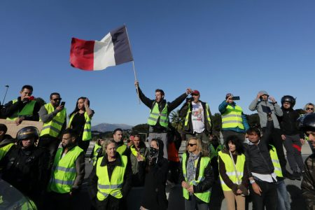 More Than 250000 French Protest Taxes by Blocking Roads