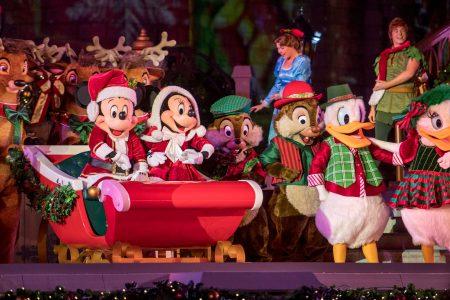 Disney World for the holidays: Big celebrations, bigger crowds