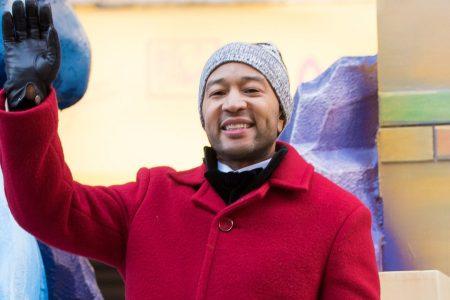 Macy's Trolls Chrissy Teigen For 2014 Parade Diss As John Legend Performs On Float